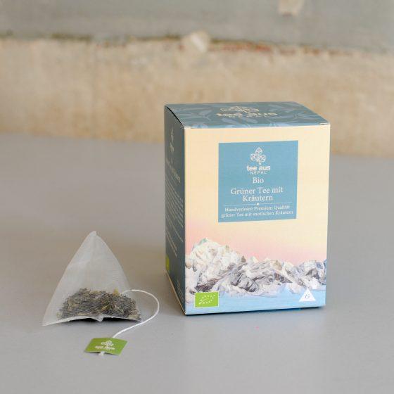 Bio Grüner Tee mit Kräutern